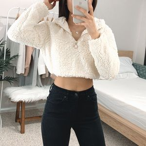 🆕 Cropped Sherpa Pullover